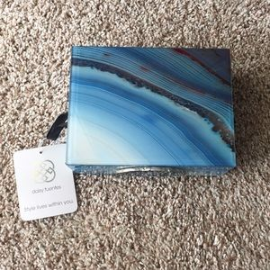 Daisy Fuentes marbled jewelry box